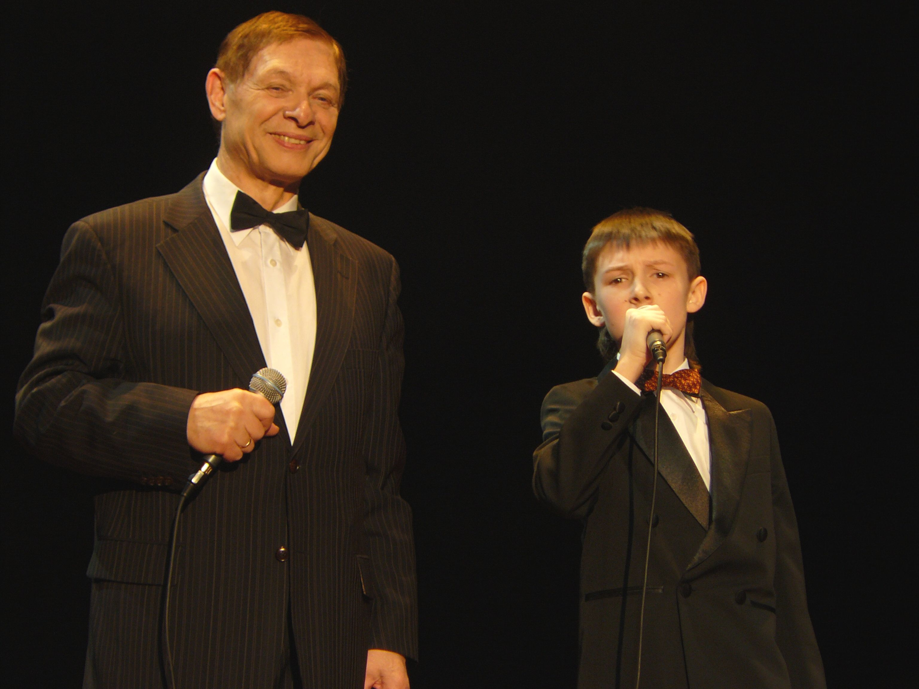 Співаєте з внуком 6 фотография